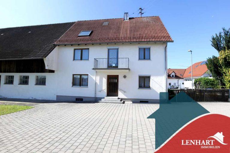 Bauernhaus-Bonstetten-Ansicht-Grundstück-Süd