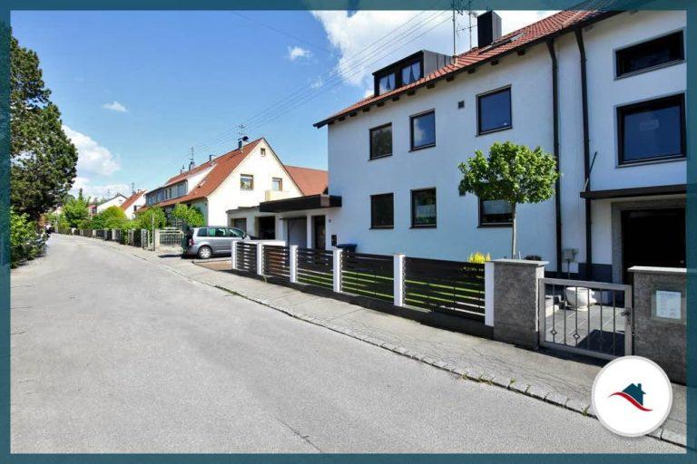 Dachgeschosswohnung-Diedorf-AnsichtHaus2