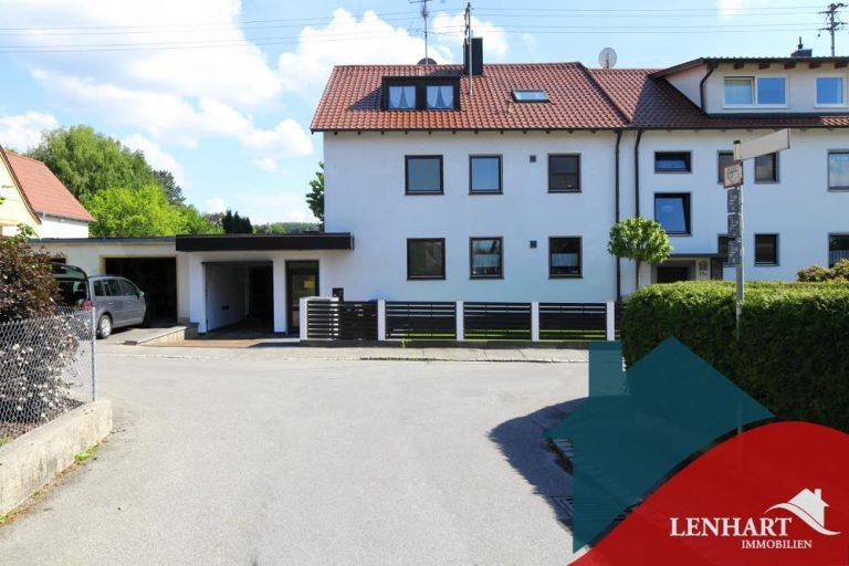 Dachgeschosswohnung-Diedorf-Hausansicht1