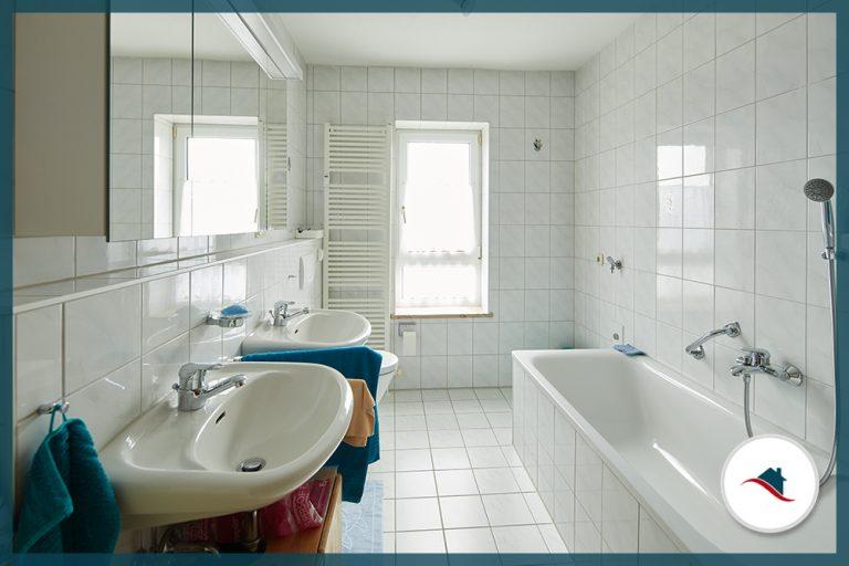 Dachgeschosswohnung-Neuburg-Bad-groß