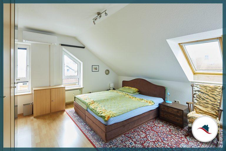 Dachgeschosswohnung-Neuburg-Schlafen