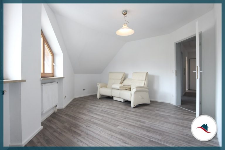 Dachgeschosswohnung-Ziemetshausen-Schlafzimmer