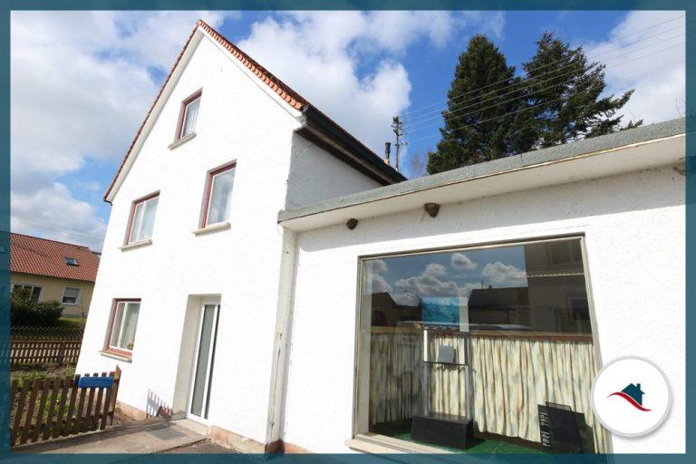 EinfamilieEinfamilienhaus-Billenhausen-Eingangnhaus-Billenhausen-Eingang
