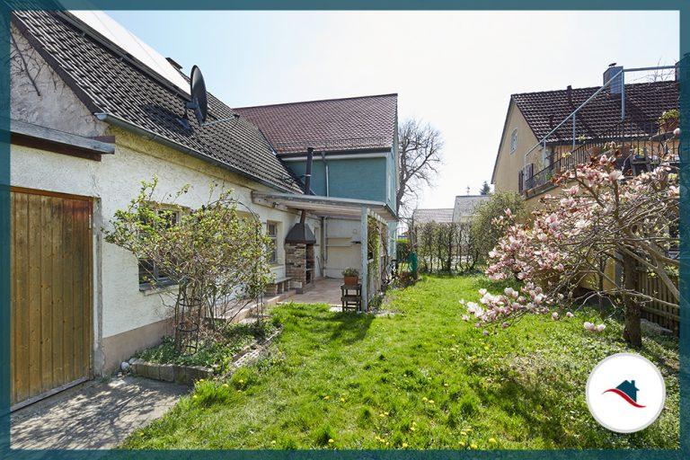 Einfamilienhaus-Bobingen-Garten-Terrasse