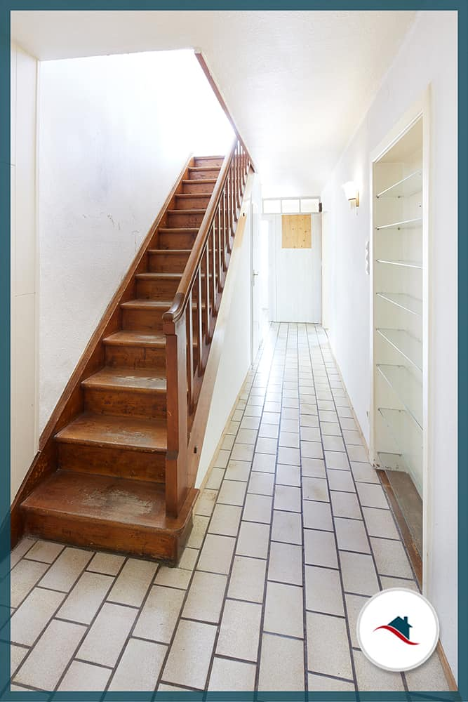 Einfamilienhaus-Bobingen-Treppe-Flur