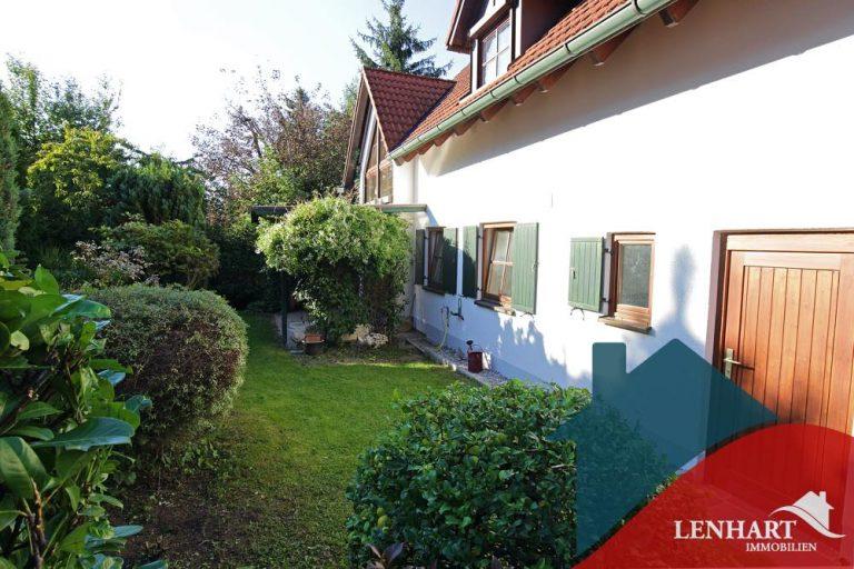 Einfamilienhaus-Diedorf-Garten