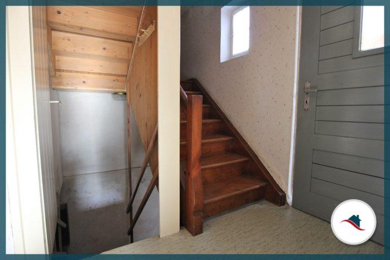 Einfamilienhaus-Edelstetten-Treppe