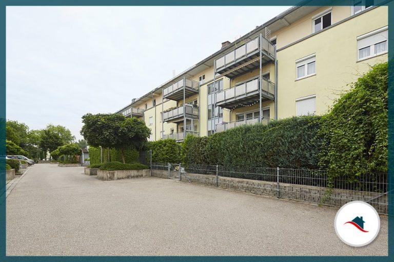 Erdgeschosswohnung-Augsburg-Wohnanlage