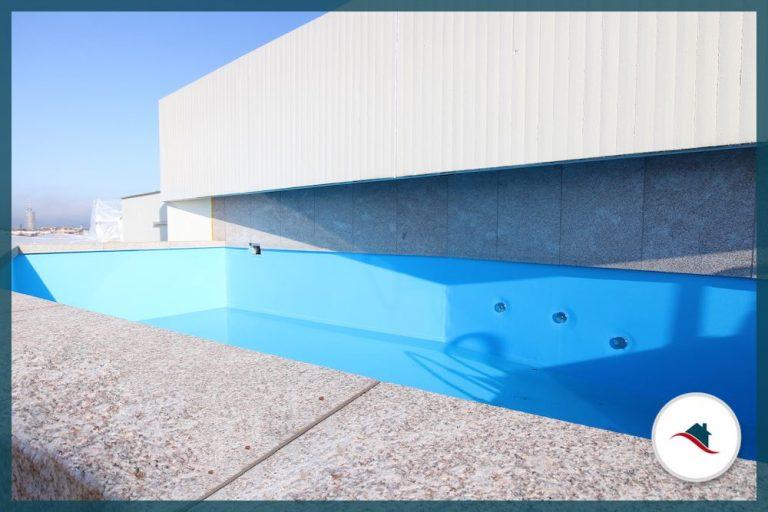 Etagenwohnung-Augsburg-Pool-Dach